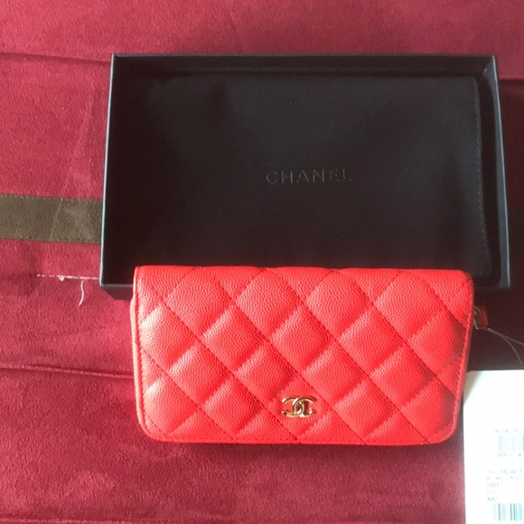 ea6384c136611 Chanel medium zip wallet